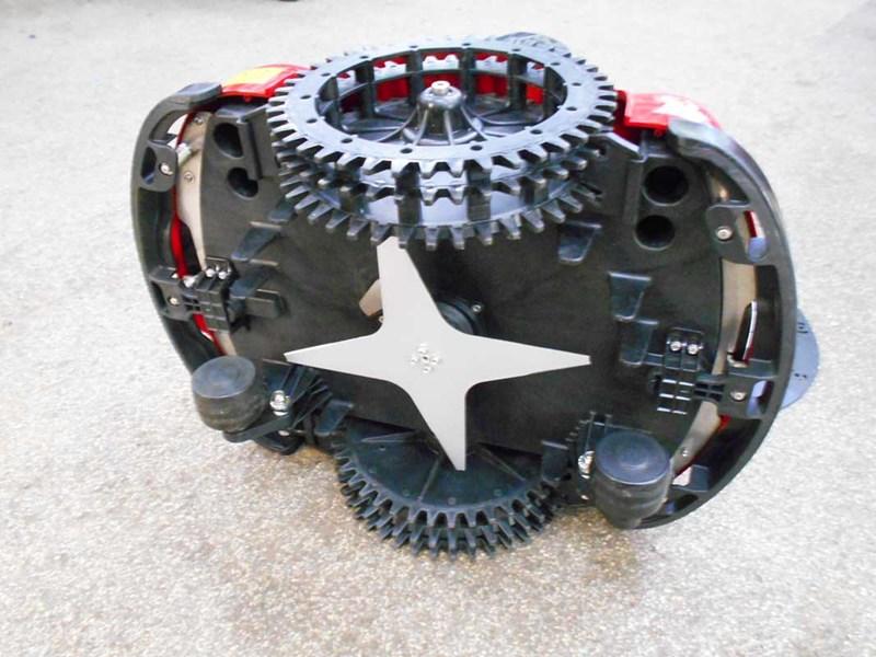 Cutit 29 cm lama stelata pentru Roboti Ambrogio