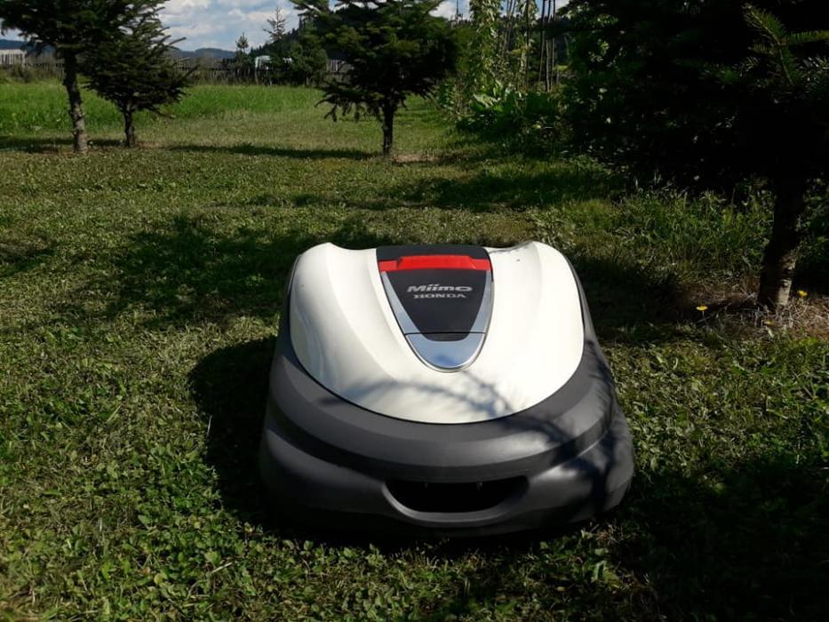 Robot de gazon Honda MIIMO HRM3000 E, 4000 mp