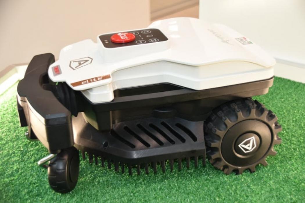 Robot de taiat gazon Ambrogio Twenty ELITE Pentru 1000 mp, modul Conect, SDM