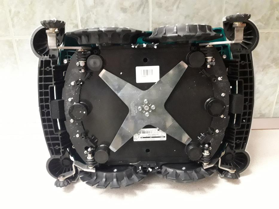 Robot Taiat Gazon, iarba Ambrogio L60 ELITE S +, FARA INSTALARE, pentru 400 mp